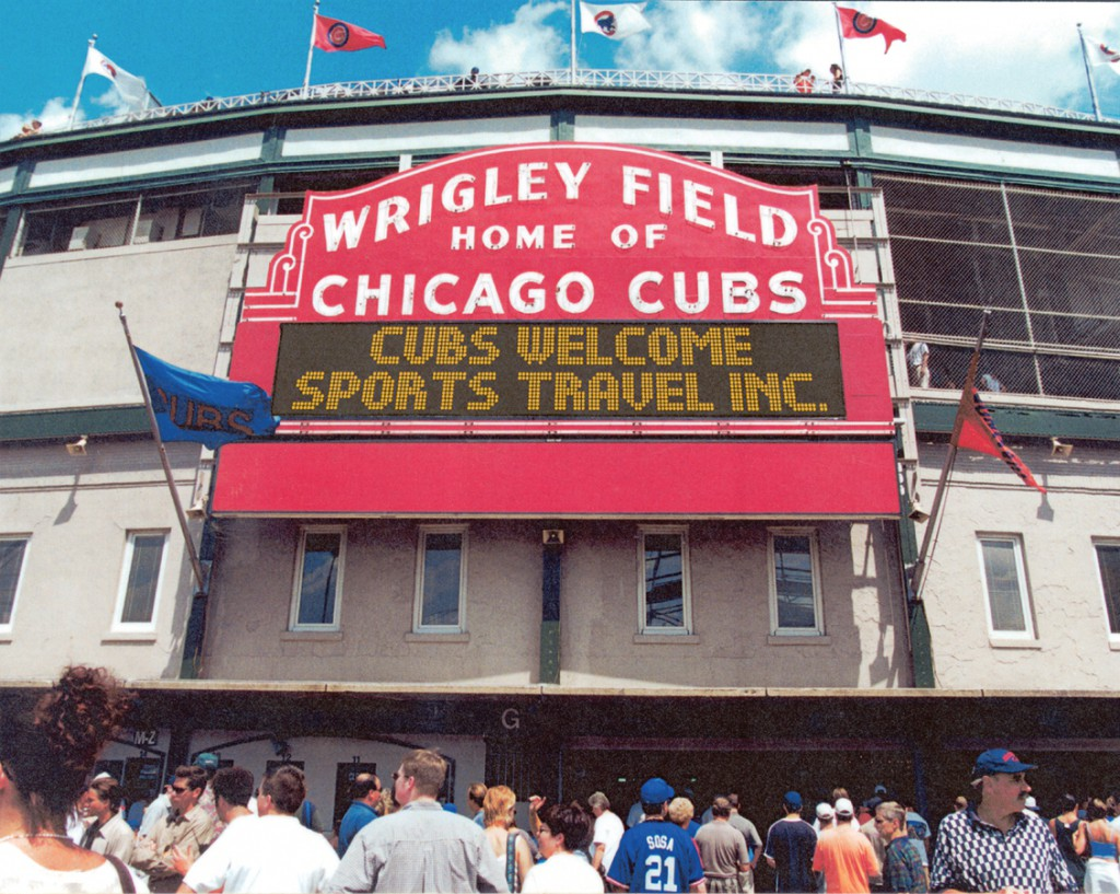 "Stadium Hall of Famer Says ""Not to Miss"" Windy City Plus Trip"